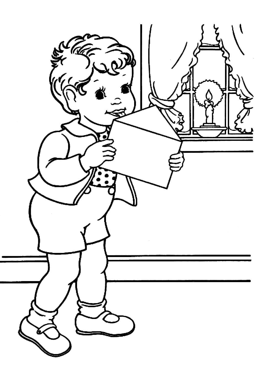 Раскраска Мальчик и письмо Деду Морозу