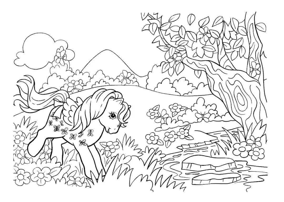 Раскраска Пони радостно бегает по лугу